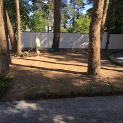 Укладка рулонного газону Брюховичі3
