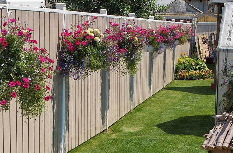 Декорування паркану